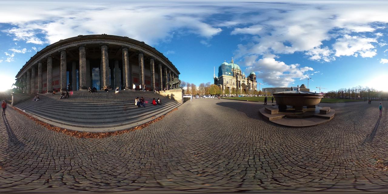 daily360°   Berlin – Altes Museum & Berliner Dom